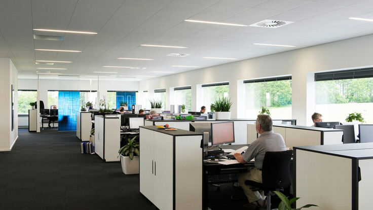 BDO lawyer office, Sonar X-edge 1200x600, lighting Luminex, open-plan