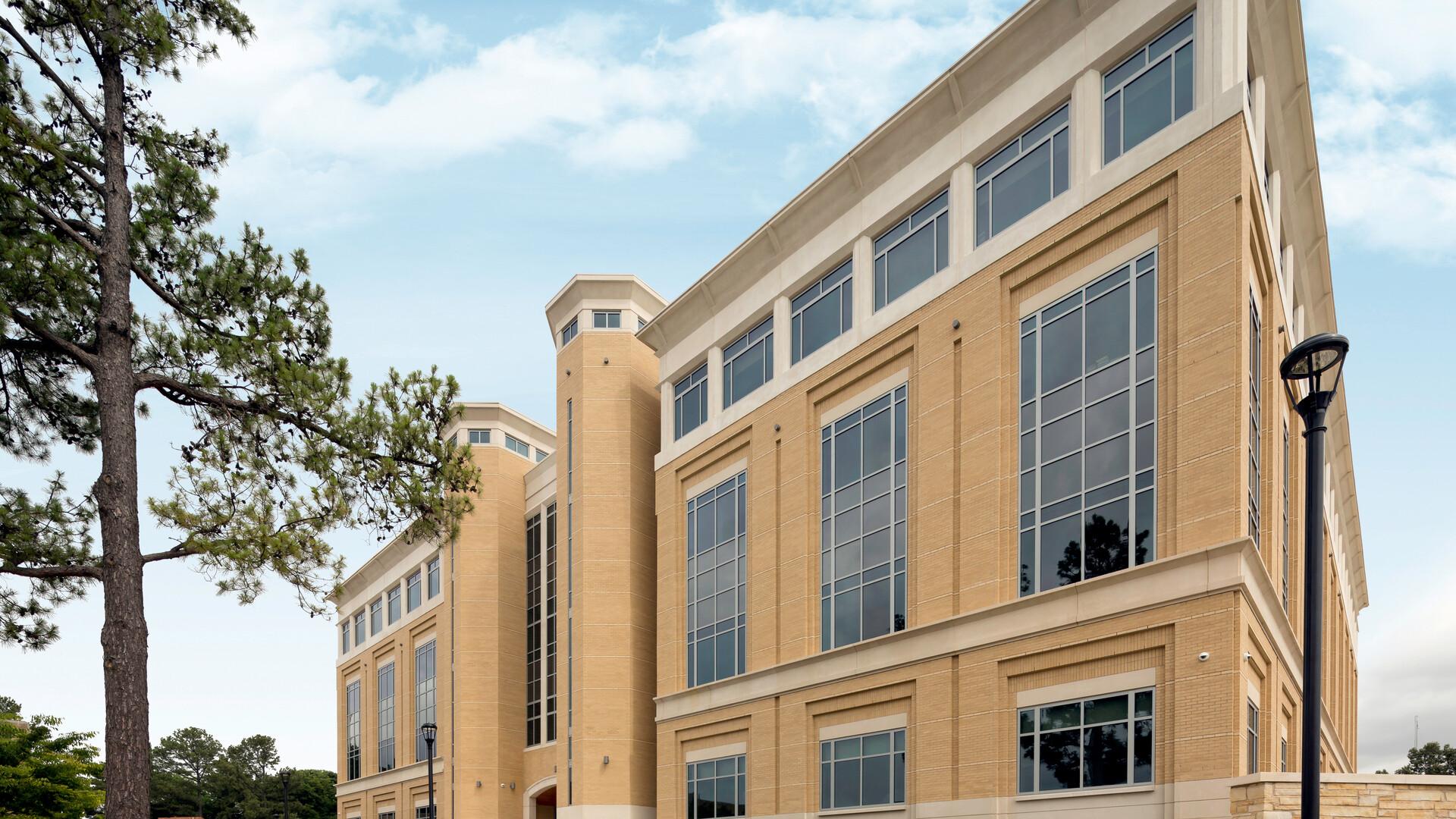 Arkansas State University HSS Building,Jonesboro,AR,USA,8361m²,Bolt Slot Ultraline 4500 Suspension System,AMR Architects Inc.,Arkansas State University,Curtis Construction,Robert Pepple of Pepple Photography,exterior