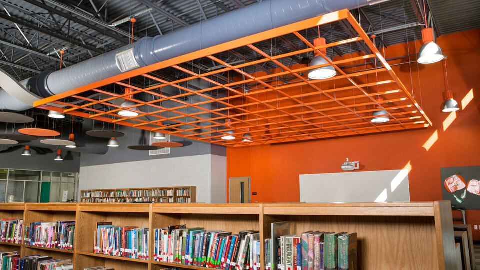 """Featured products: Rockfon® CurvGrid™ One-directional Curved Ceiling System - Rockfon® Cubegrid® Open Plenum 15/16"""" Ceiling - Rockfon® Infinity™ Standard Perimeter Trim - Rockfon® Planostile™ Lay-in Metal Panel Ceiling System"""