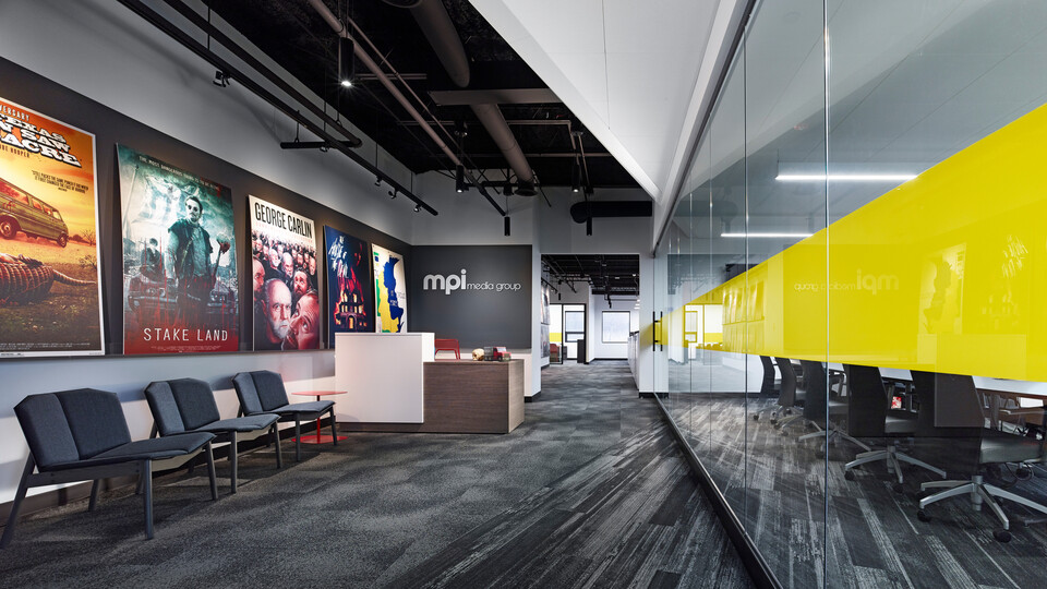 NA, MPI Media Group, office, conference room, 1200, suspension system, grid, Alaska, CDX, 2x2, concealed, Infinity Z, perimeter trim